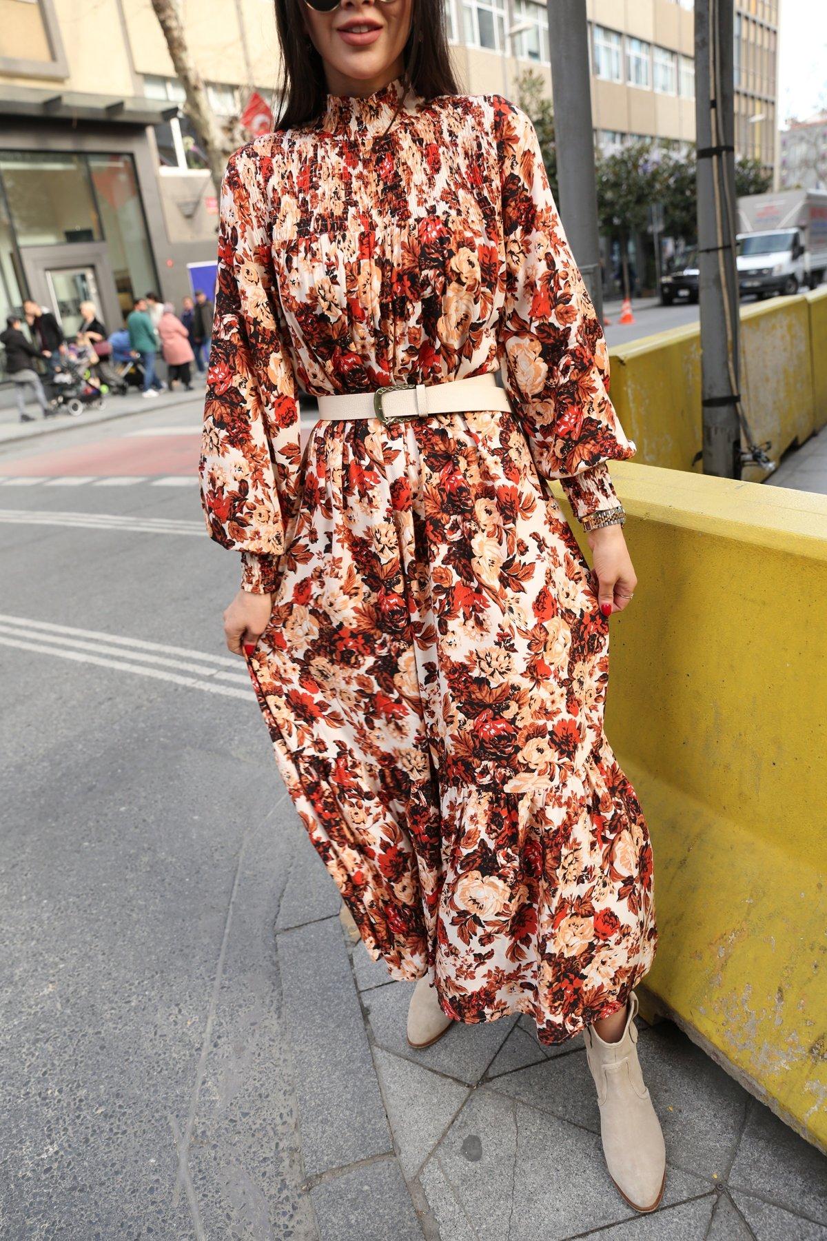 Dik Yaka Tasarım Çiçekli Elbise