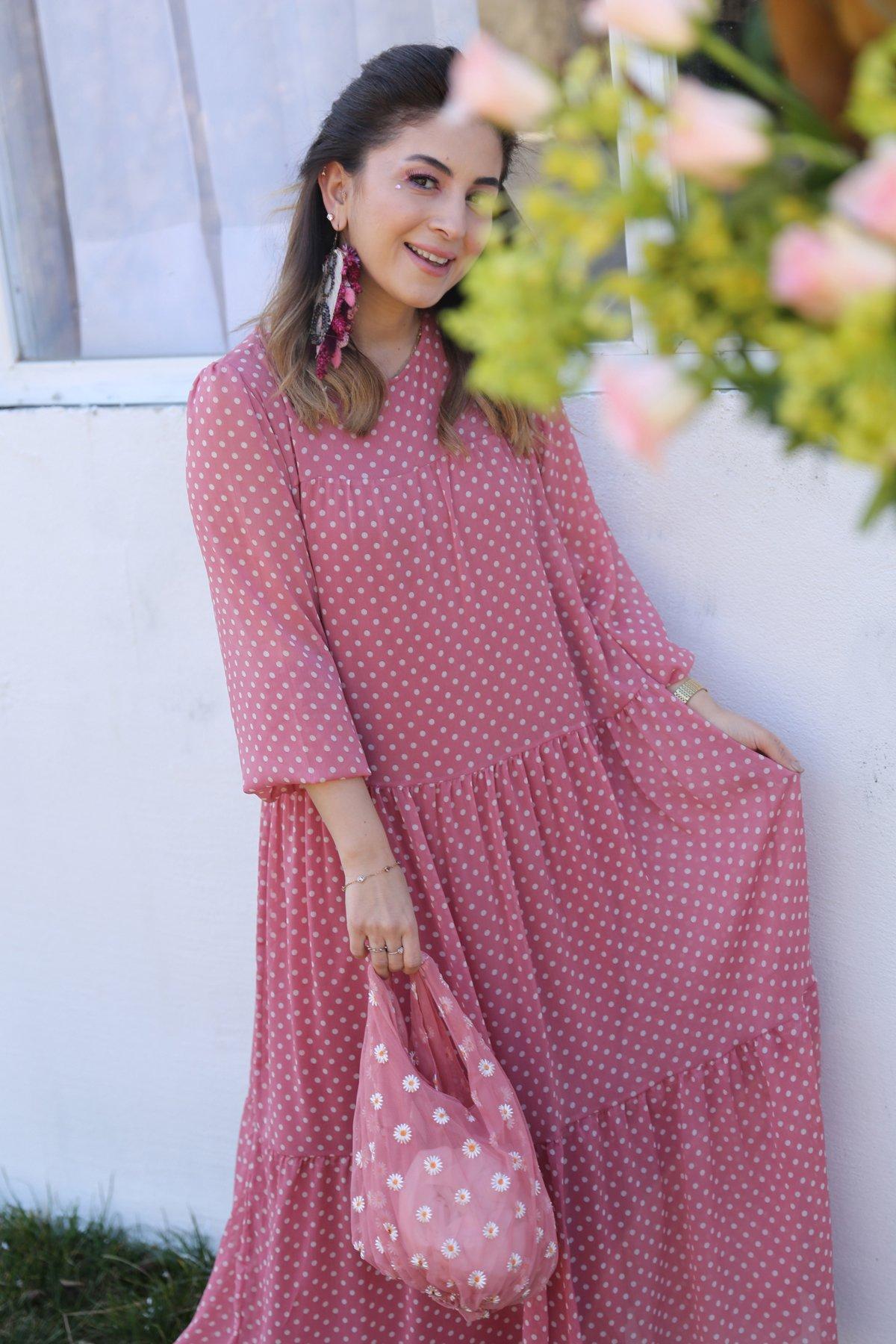 Kolları Tül Puantiyeli Elbise