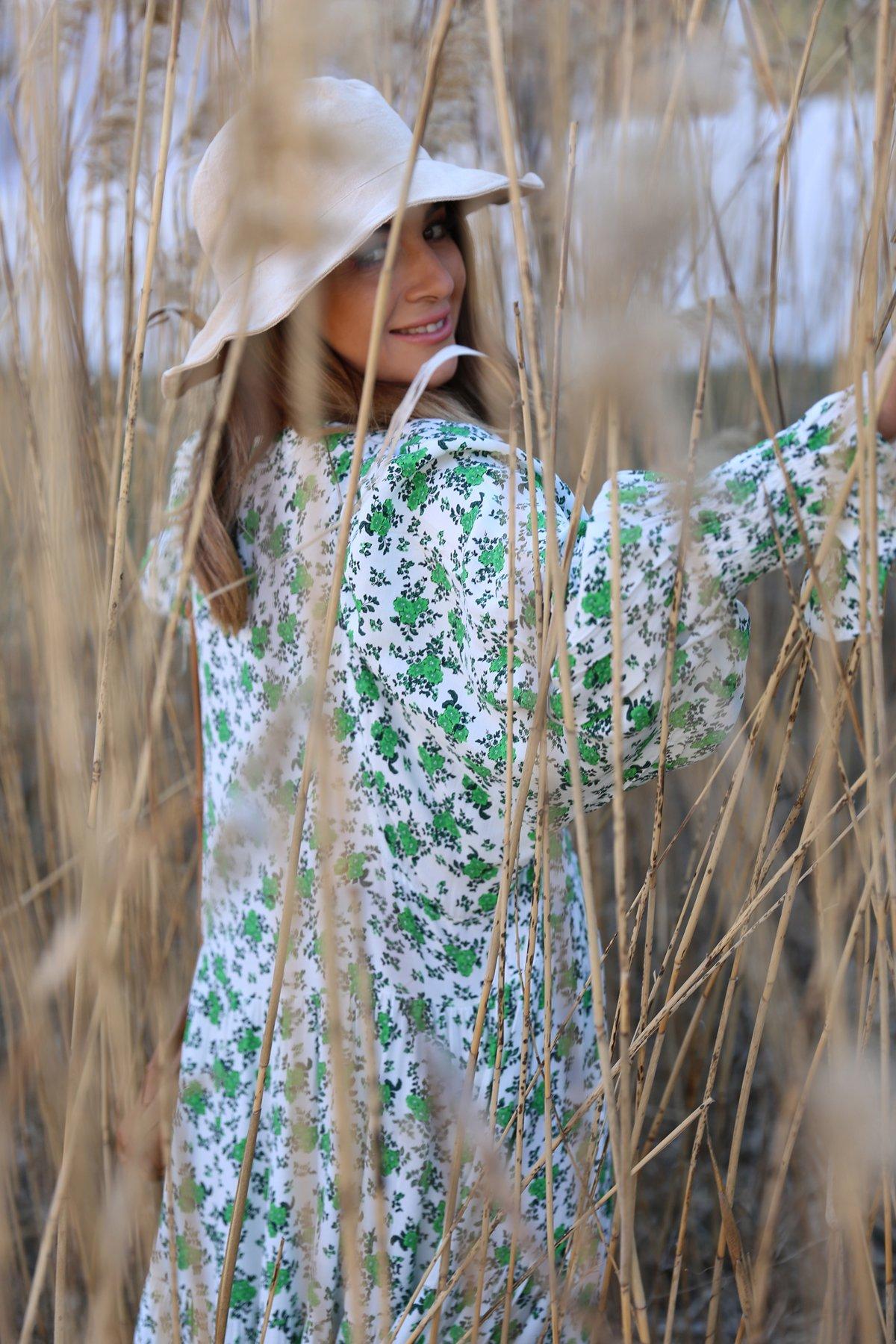 Beyaz Üzeri Yeşil Desenli Elbise