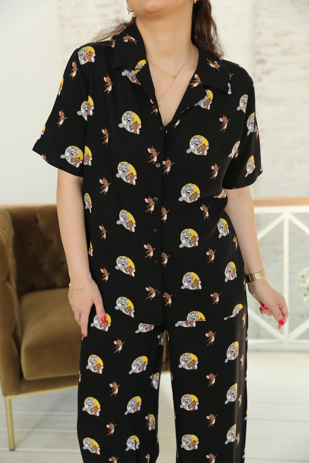 Siyah Tom Ve Jery Baskılı Pijama Takımı