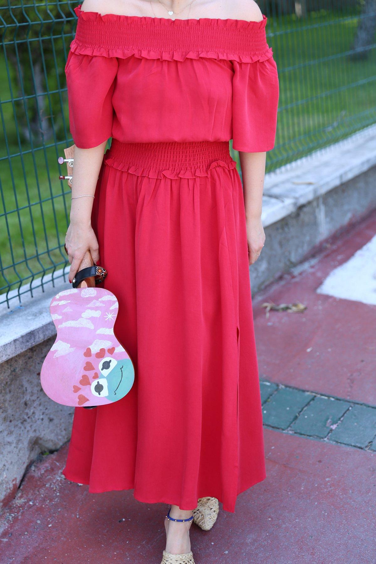 Kırmızı Gipeli Elbise