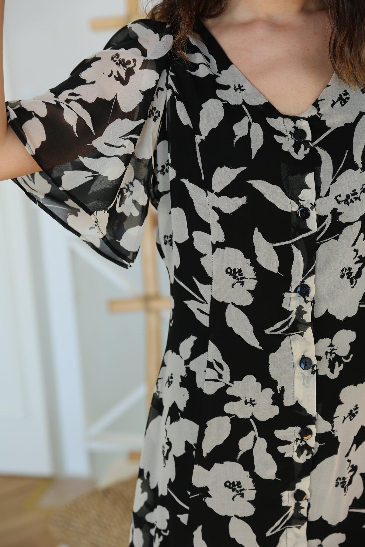 Önden Düğmeli Çiçekli Şifon Elbise