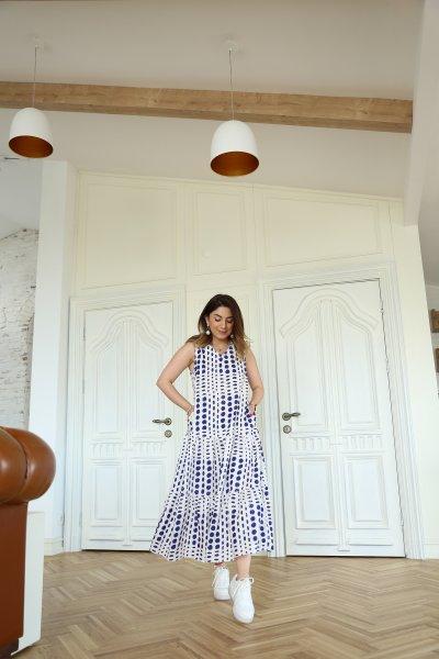 V Yaka Kolsuz Desenli Elbise