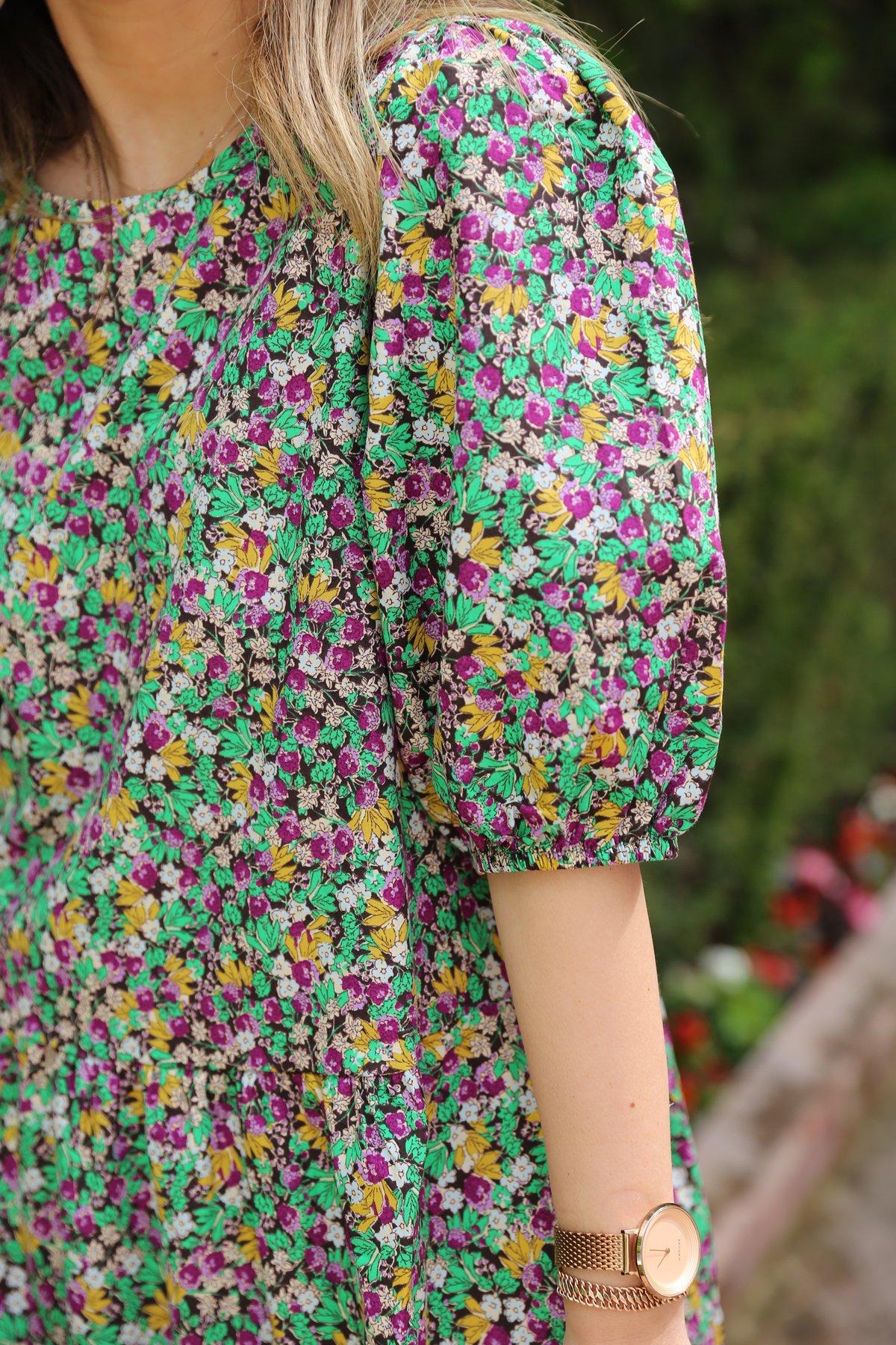 Çiçek Desen Altı Pileli Elbise