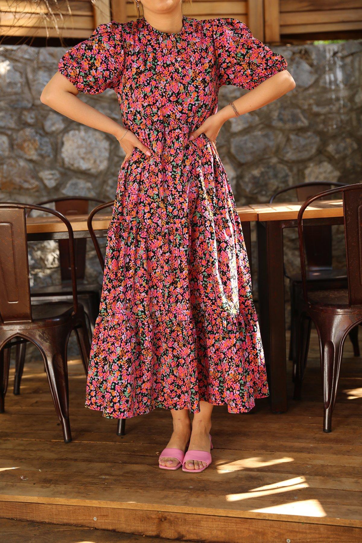 Çiçek Desen Altı Pileli Uzun Elbise