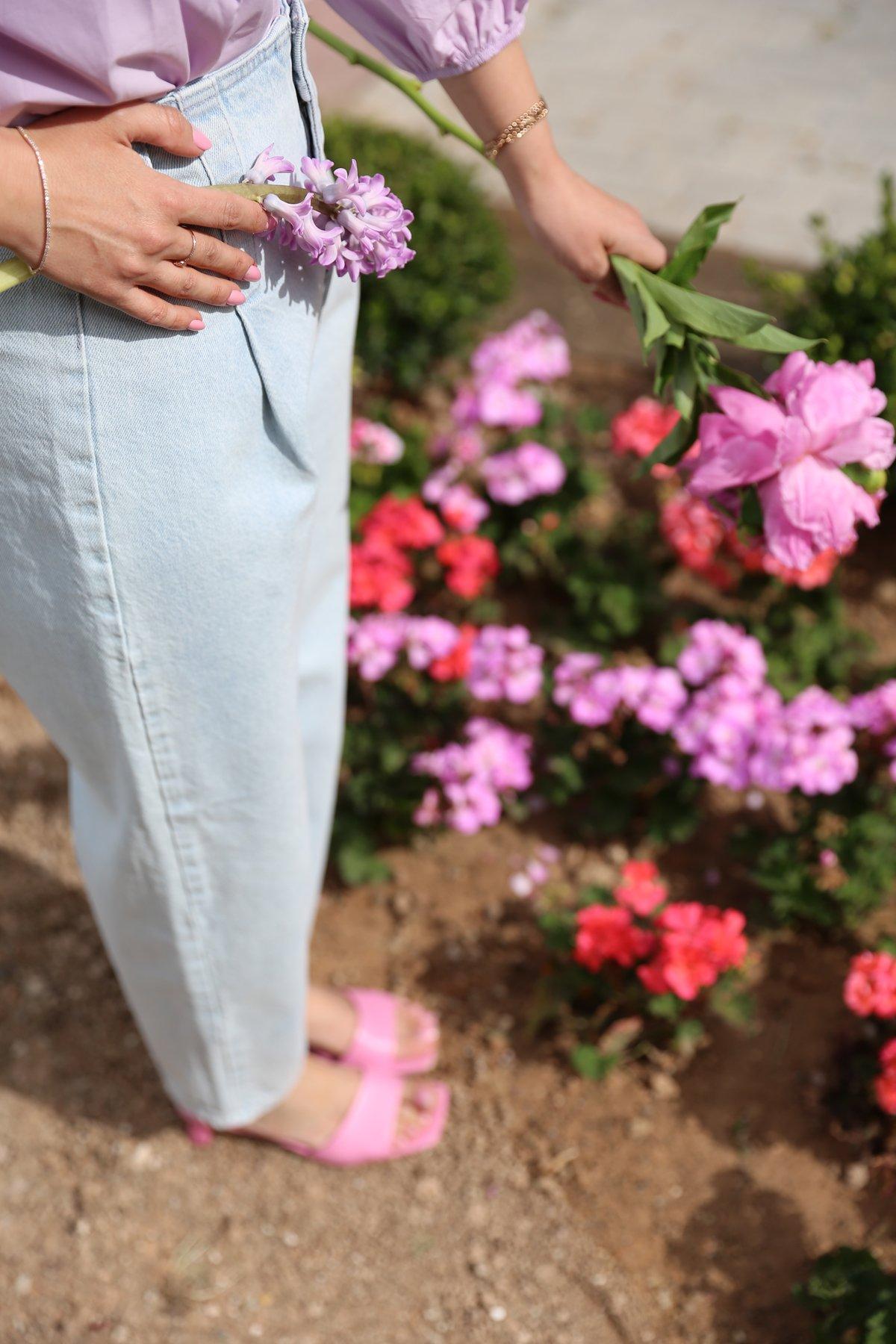 Geniş Köprülü Açık Renk Jean