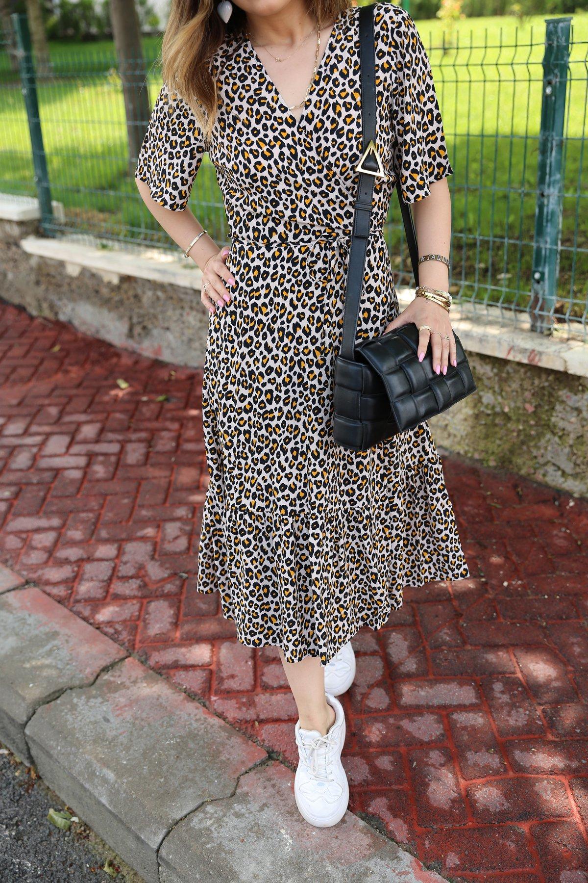 Önden Bağlamalı Leopar Desenli Elbise