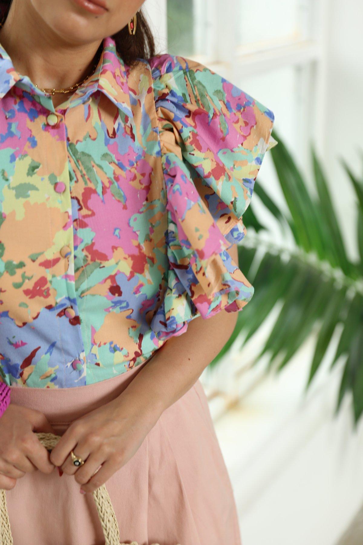 Kolları Fırfırlı Gömlek