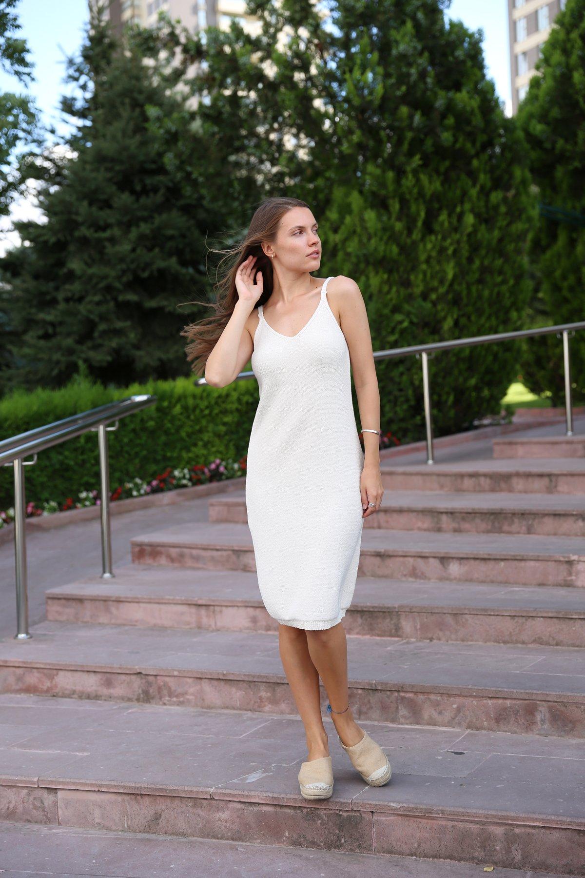 İp Askılı Örme Elbise