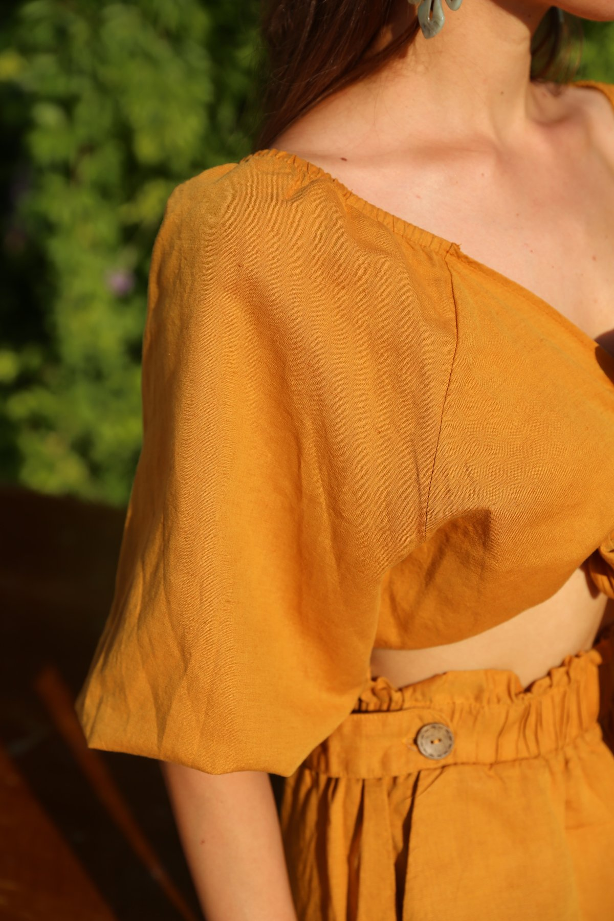Önden Bağlamalı Kolları Lastikli Bluz