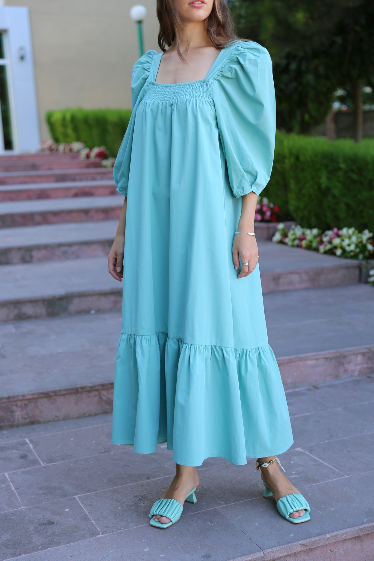 Kare Yaka Kolları Lastikli Elbise