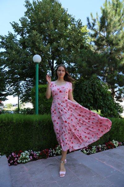 V Yaka Önden Dikişli Elbise