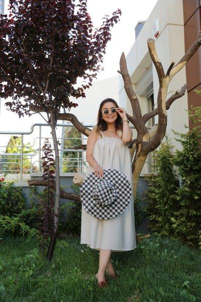 Enseden Kuşaklı Kalın Askılı Elbise