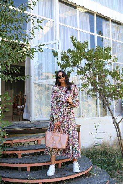 Çiçek Desen Vatkalı Elbise