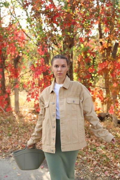 Göğsü Kadife Parçalı Ceket