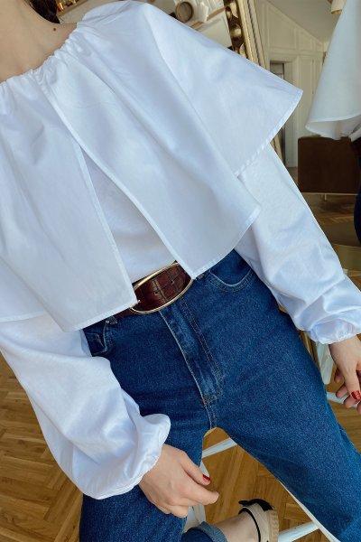 Yaka Parça Detaylı Kolları Lastikli Bluz