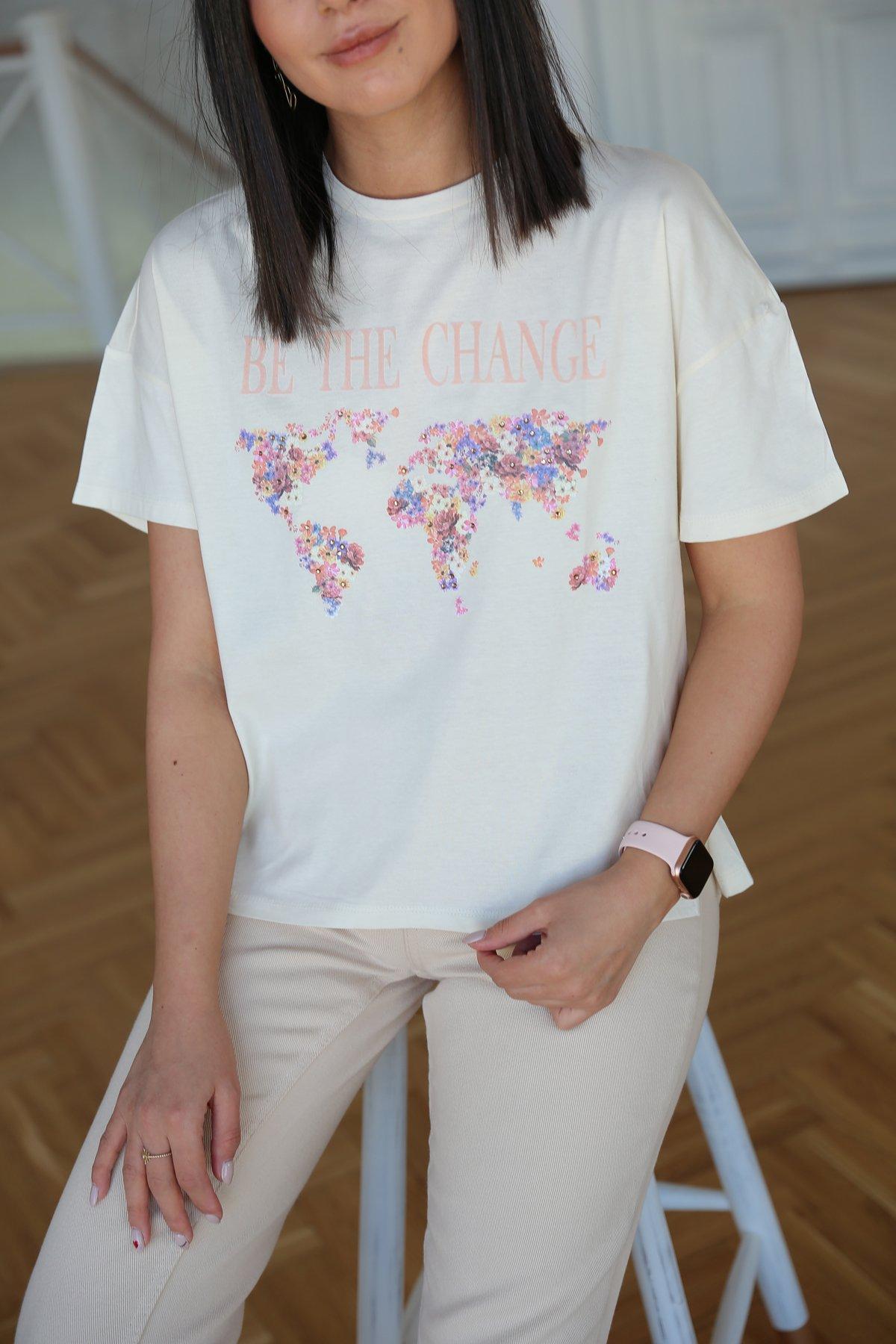 Pullu Çiçek Baskılı Tshirt