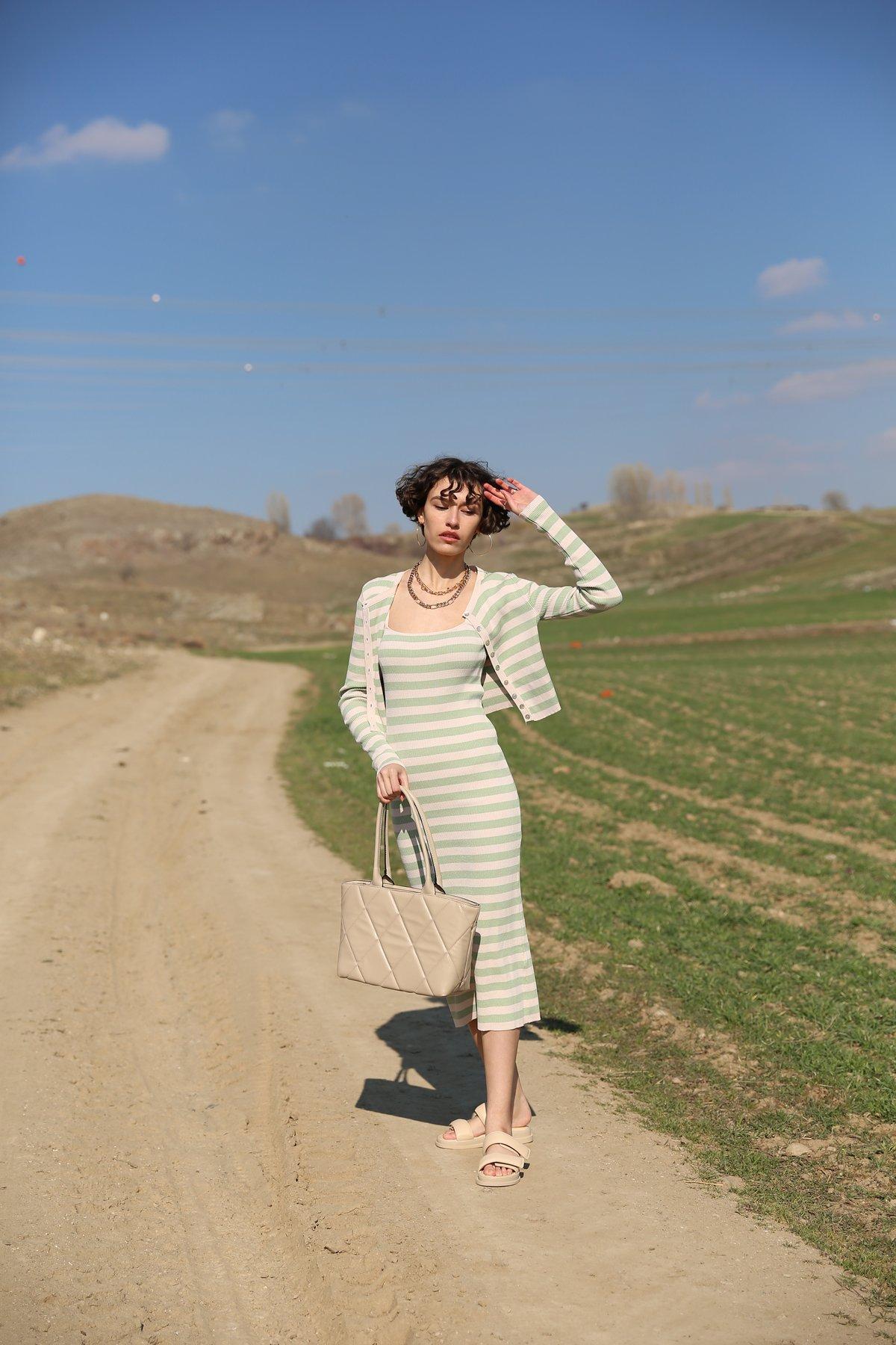 Askılı Çizgili Elbise