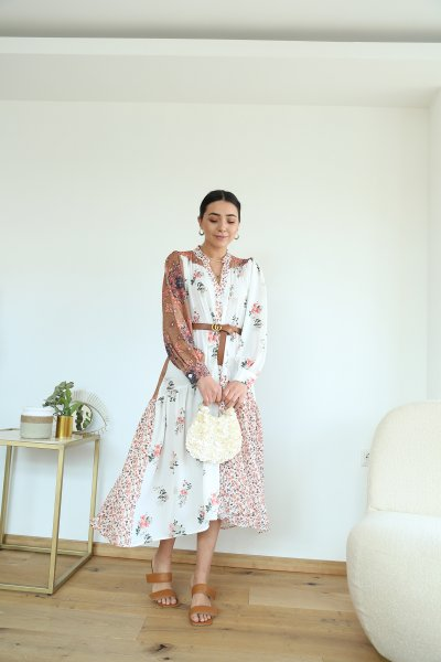 V Yaka Çiçek Desen Asimetrik Elbise