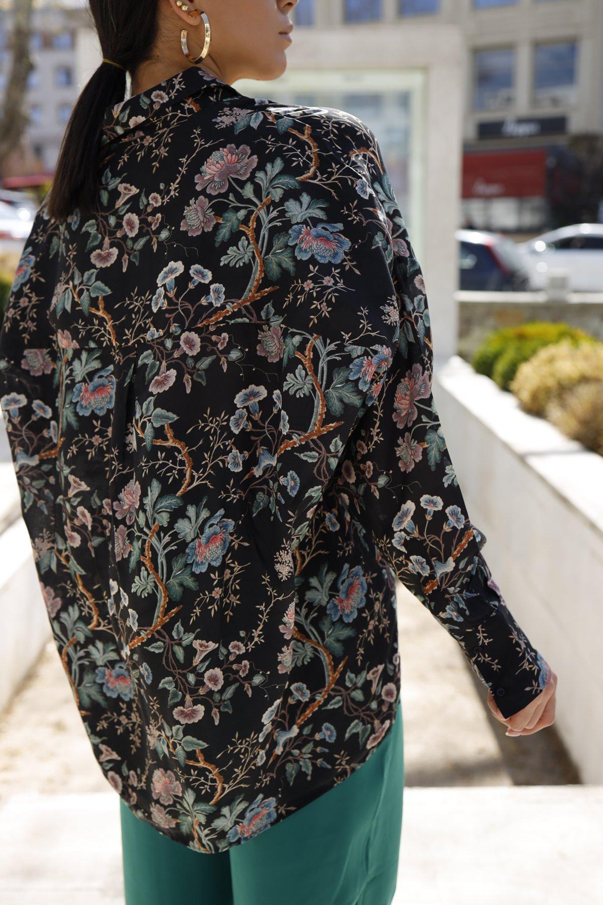 Çiçek Desen Gömlek Yaka Bluz