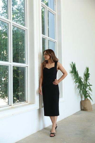 Kalın Askılı Kalp Yaka Kalem Elbise