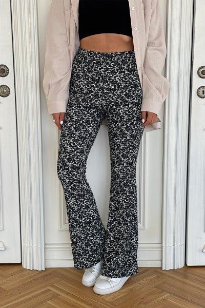 Beli Lastikli İspanyol Paça Çiçekli Pantolon