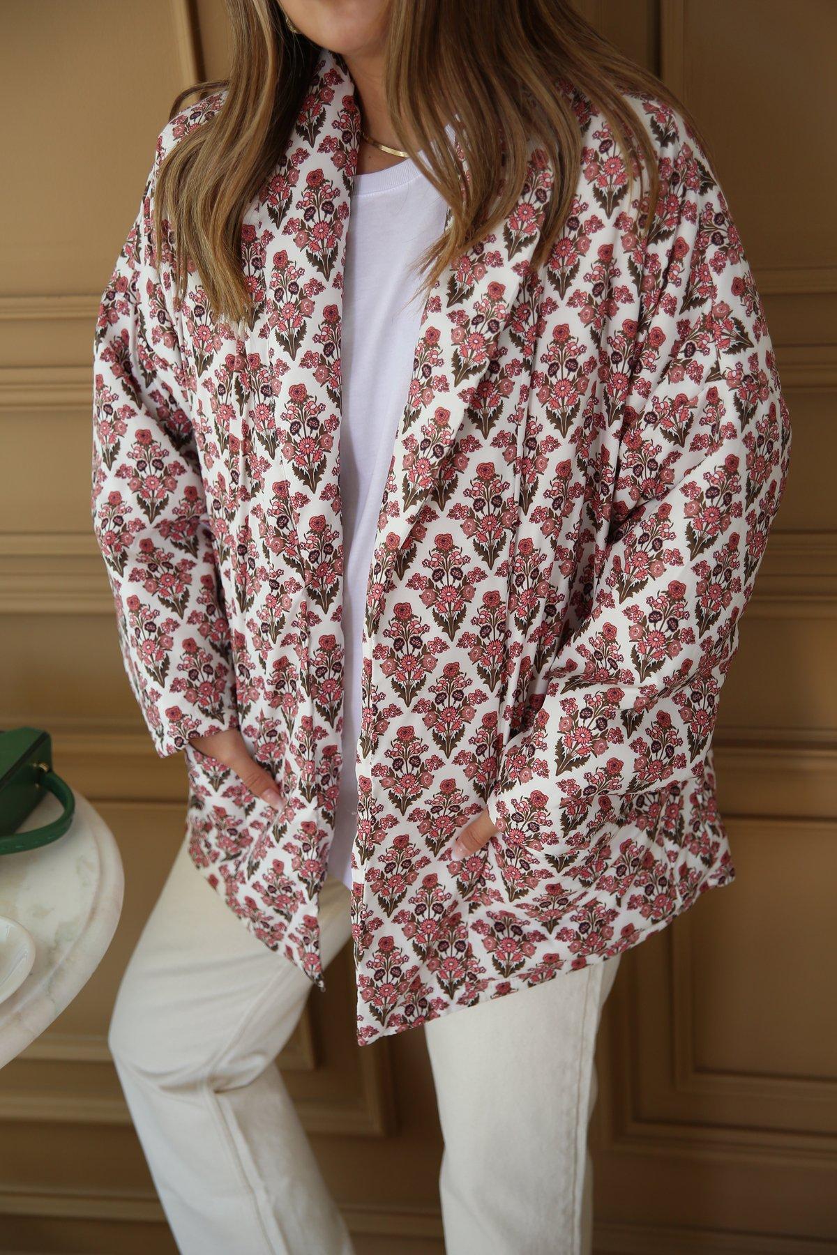 Desenli Kuşaklı Ceket