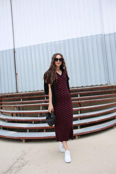 Polo Yaka Desenli Triko Elbise