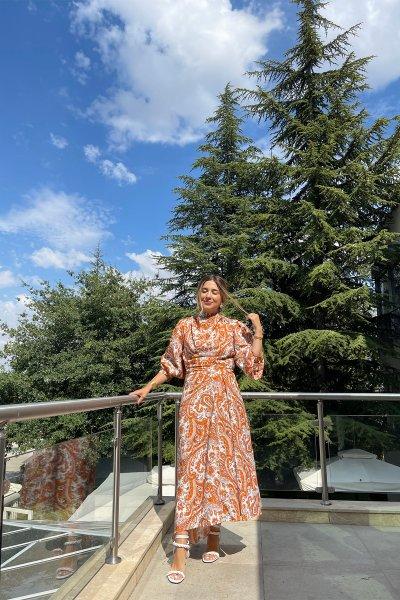 Şal Desen Sırtı Fermuarlı Elbise