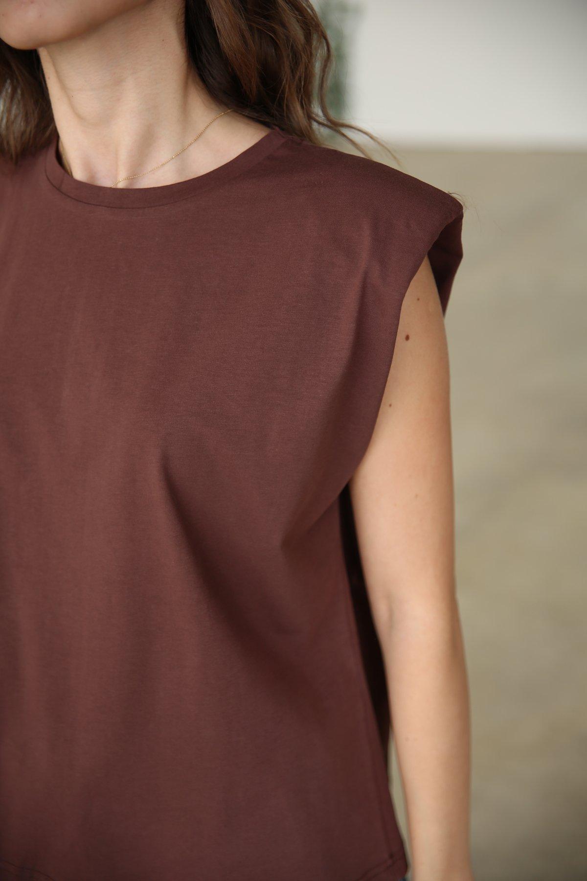 Vatkalı Kolsuz Tshirt