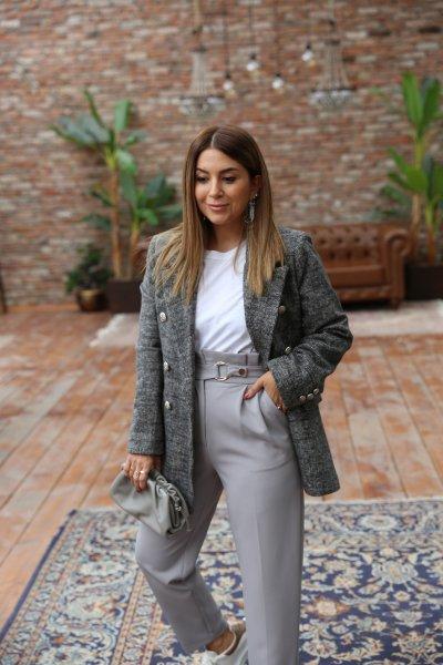 Gümüş Düğme Detaylı Blazer Ceket